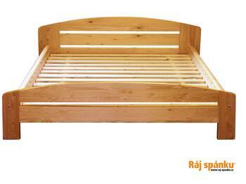 Renata smrková postel