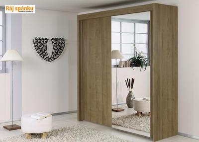 Skříň s pos. dveřmi 2 dvéřová, v-235 cm |š- 201 cm | 1 zrcadlo + 1 celolesk bílá | alpínská bílá - 1