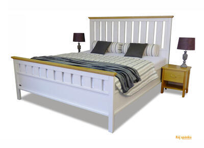 Omalo masivní postel - 1